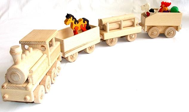 vyr_1113Dreveny-vlak-vlacek-masinka-se-zviratky