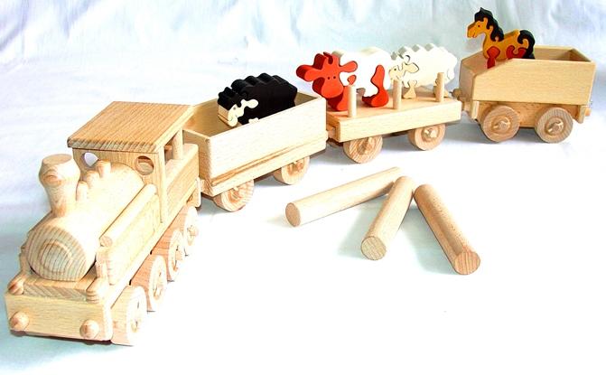 vyr_1114Dreveny-vlak-vlacek-se-zviratky-farma