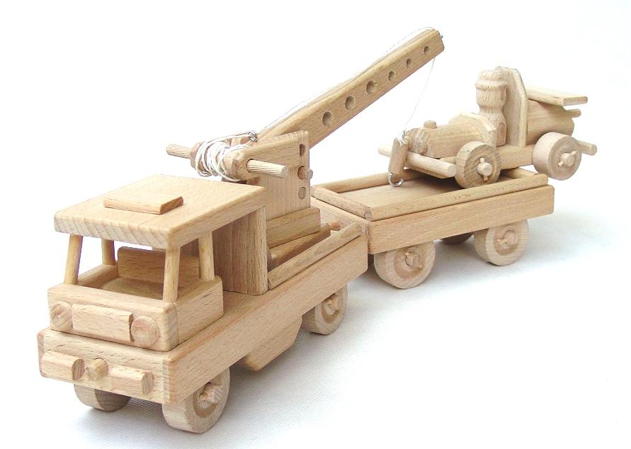 vyr_1120Dreveny-vlak-s-autem