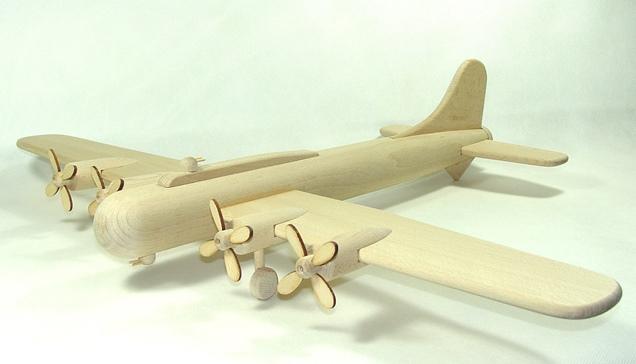 vyr_1742Drevena-letadlo-velke-bombarder