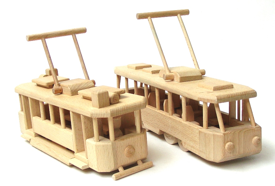 vyr_1767Drevene-tramvaje