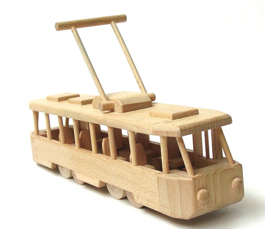 vyr_1773Drevena-tramvaj-moderni