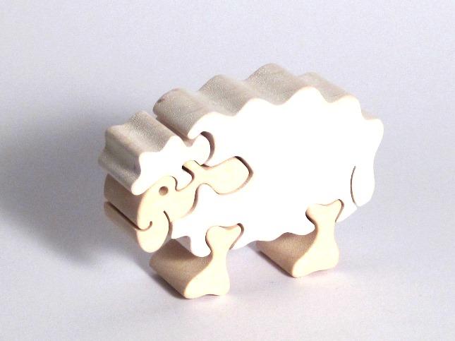 vyr_191drevene-puzzle-ovecka