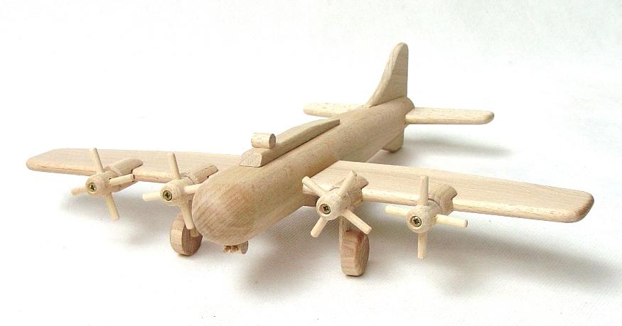 vyr_59Drevene-letadlo-bombarder-B17