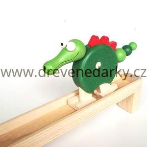 23244_1897__vyrp12_920dreveny-chodici-krokodyl