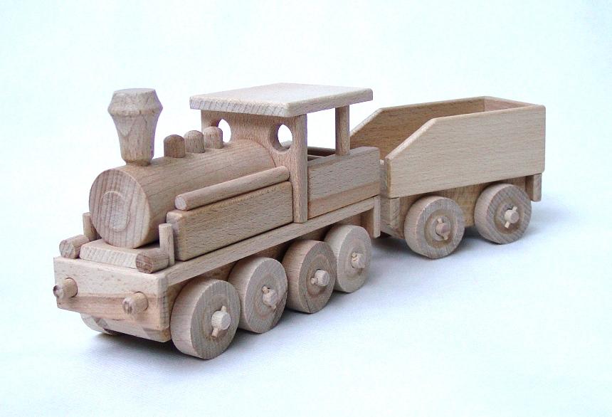 _vyrp11_1702Drevena-parni-lokomotiva-s-vozikem
