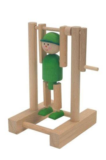 _vyrp12_1686dreveny-kluk-na-hrazde-zeleny