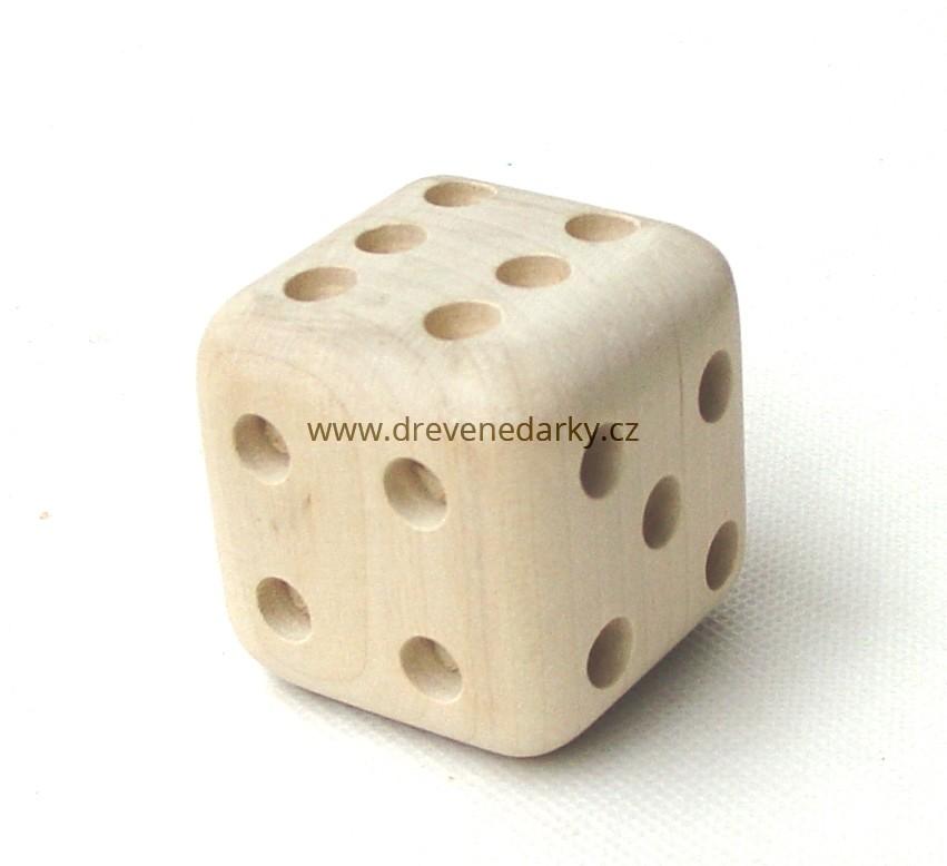 _vyrp12_1796drevena-hraci-kostka