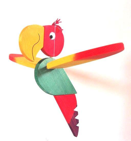 _vyrp12_463dreveny-papousek-zihany
