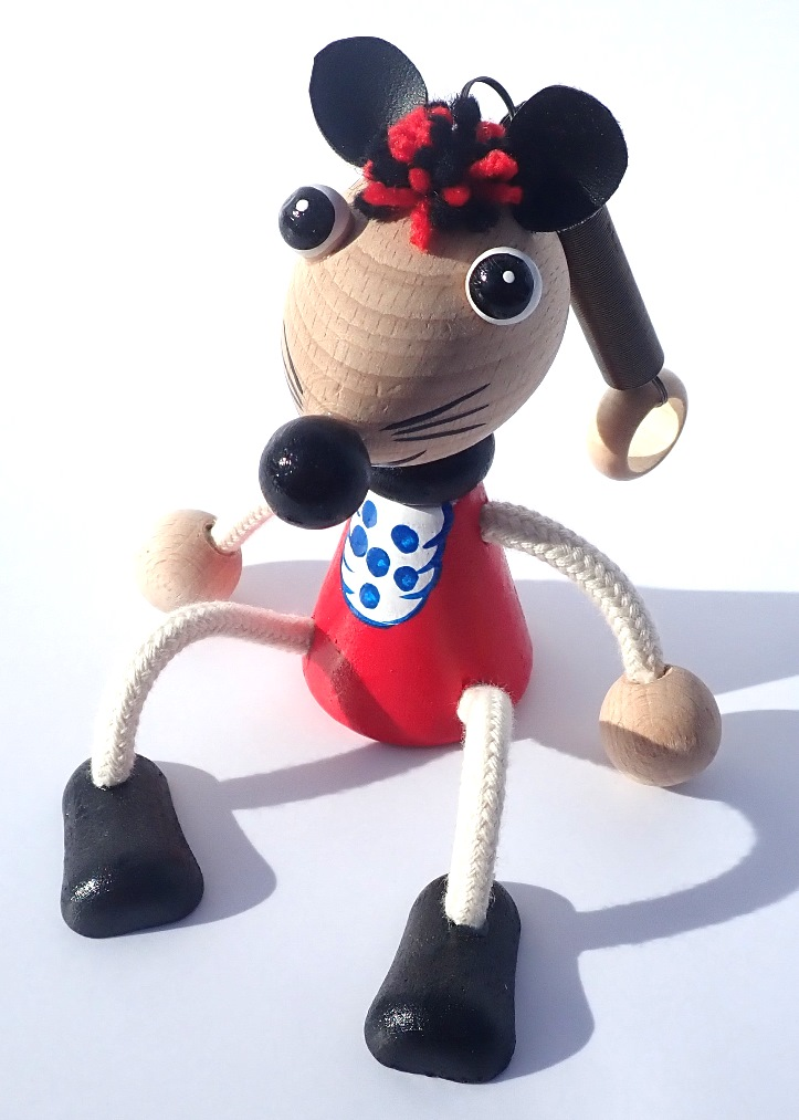 hracky-na-pruzine-myska