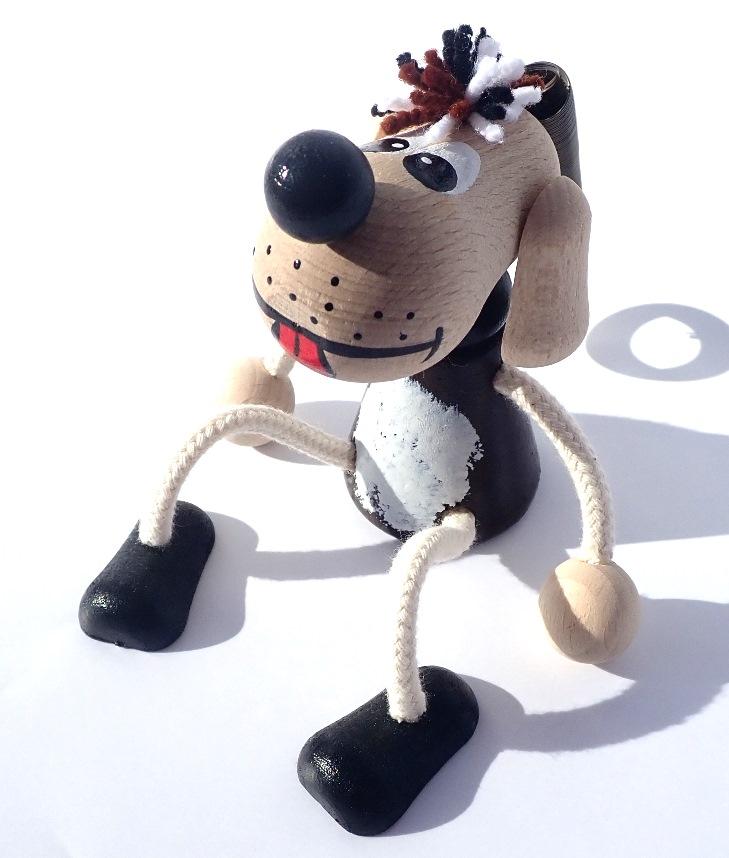 hracky-na-pruzine-pes