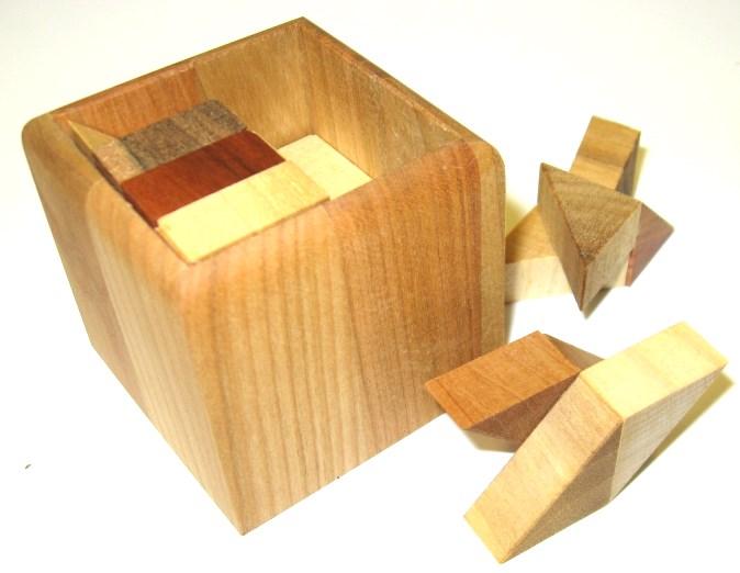 _vyrp13_1979hlavolam-pro-dospele-widly-halfcubes