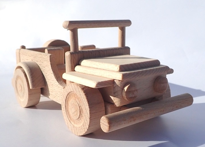 wooden-jeep-american