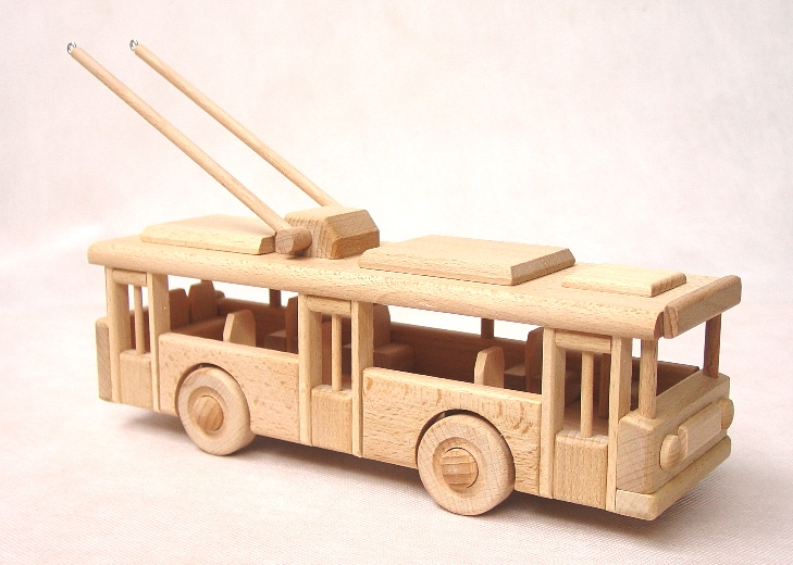 wooden-trolleybus
