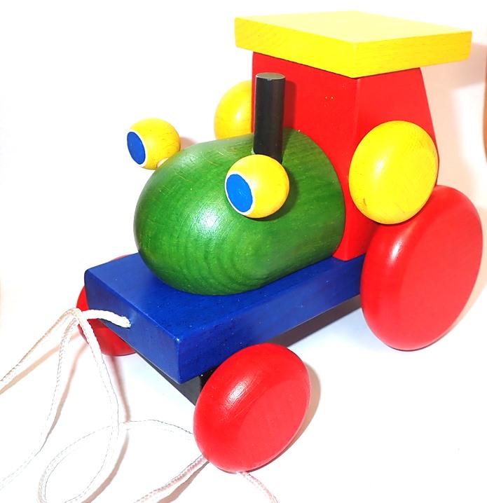 tahací-klapací-traktor-auto