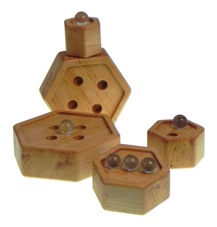 didactic-toys-pyramid-hexagon